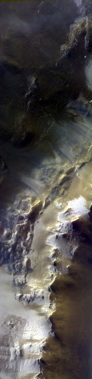 2018-15-april-korolev-crater.jpg