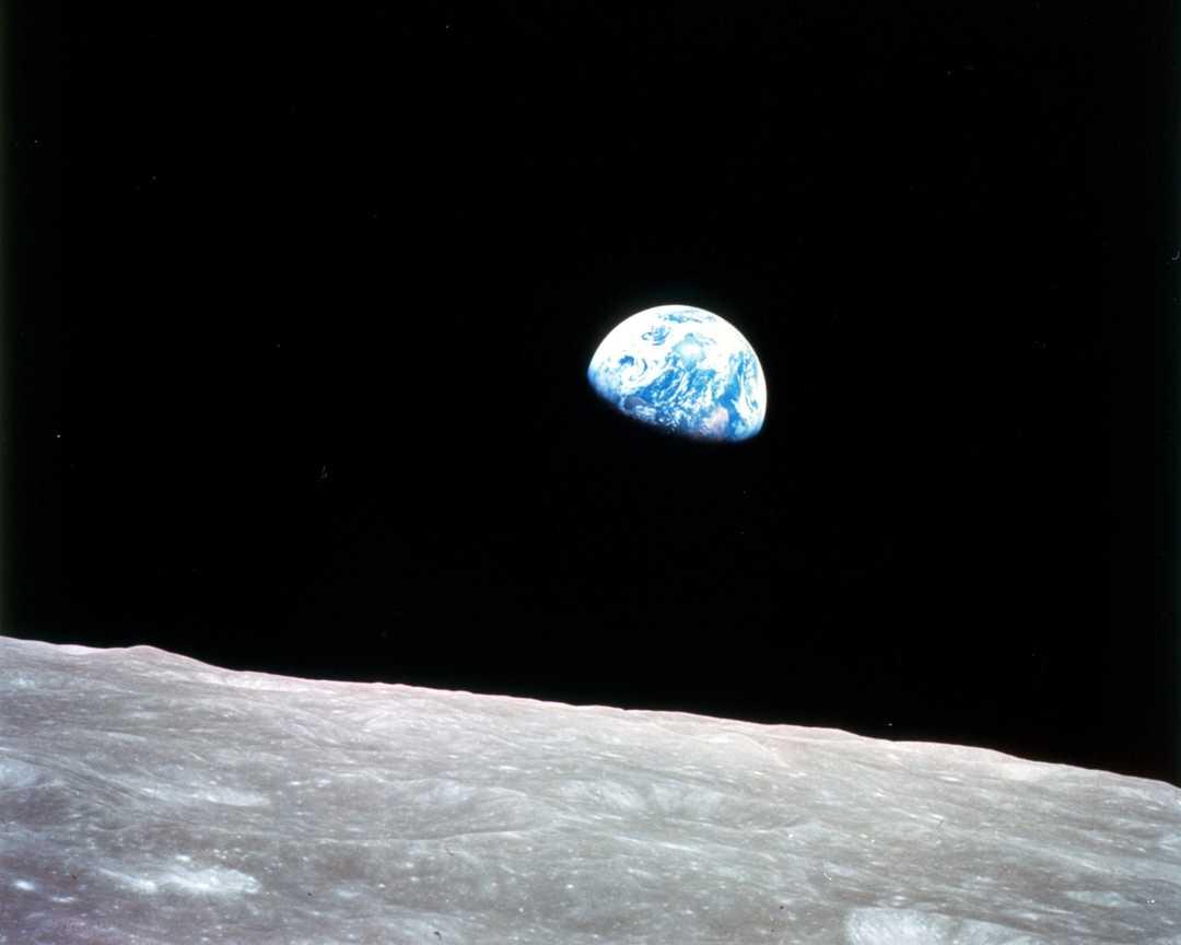 2018-earthrise-apollo-8-50-anniversary.j