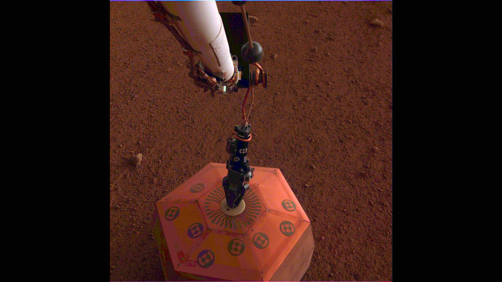 2018-insight-places-seis-on-mars.jpg