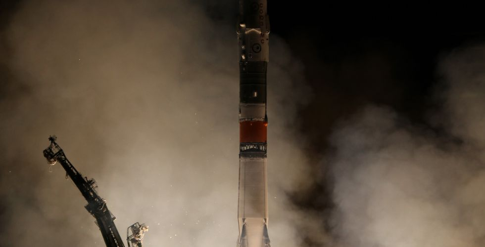 12-sep-17-soyuz-launches.jpg