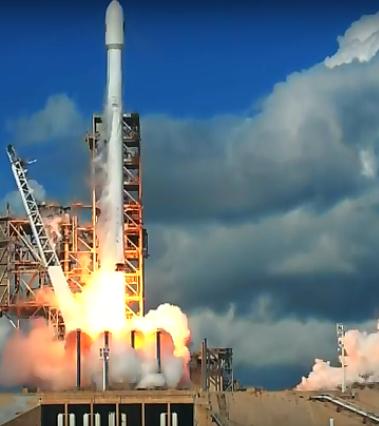 2017-7-sept-falcon9-mini-shuttle-launche