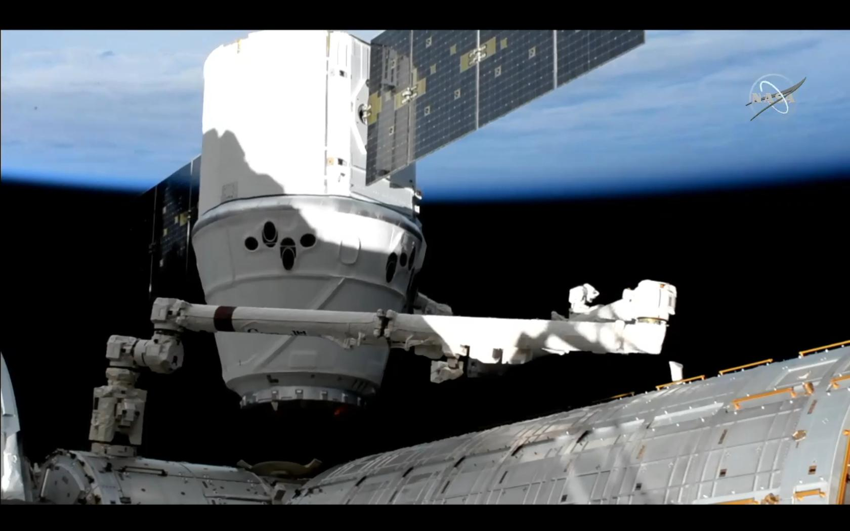 2019-6-may-dragon-arrives-iss.jpg