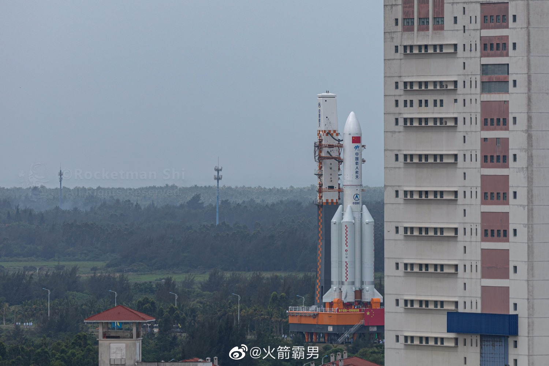 2020-heavy-china-rocket-launch-pad.jpg