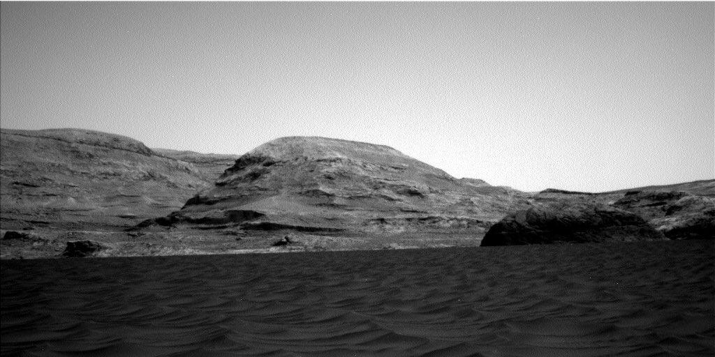 2020-curiosity-dunes3.jpg