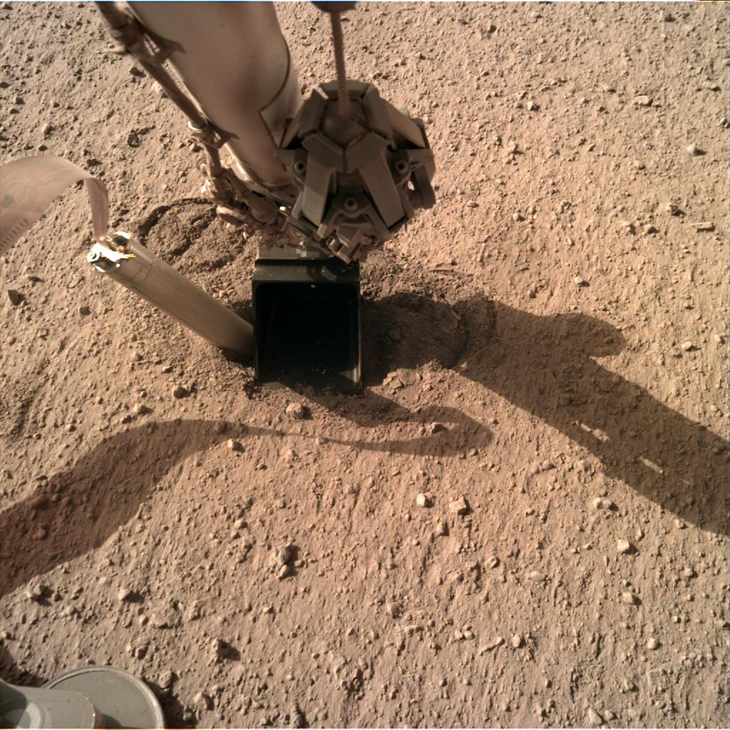 2019-mars-mole-digging-again.jpg