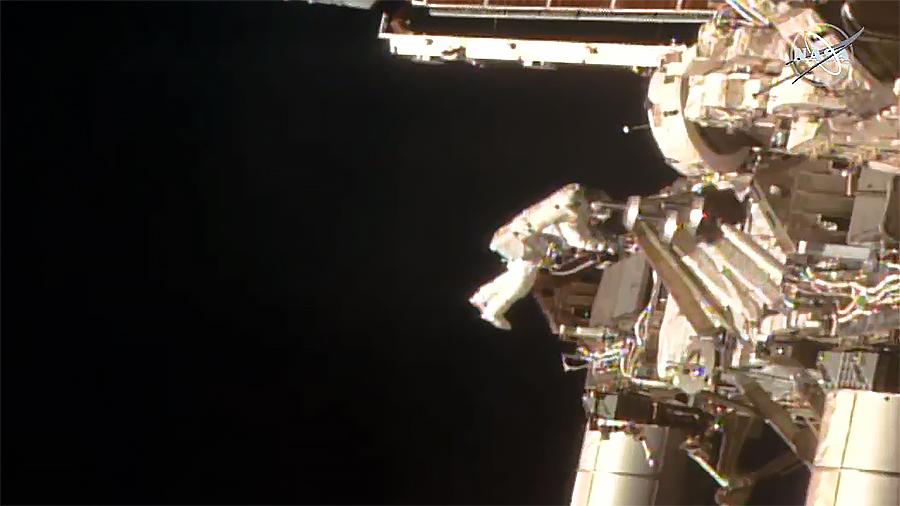 1-july-spacewalk-complete.jpg