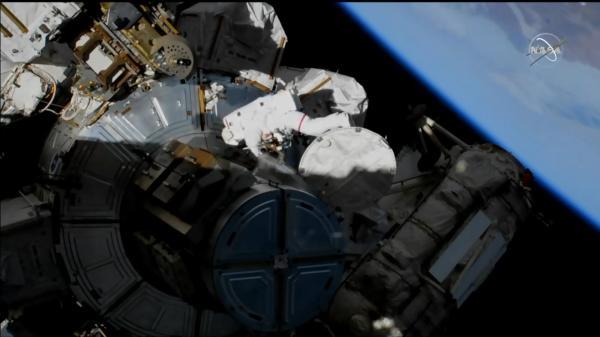 2019-11-oct-spacewalk.jpg