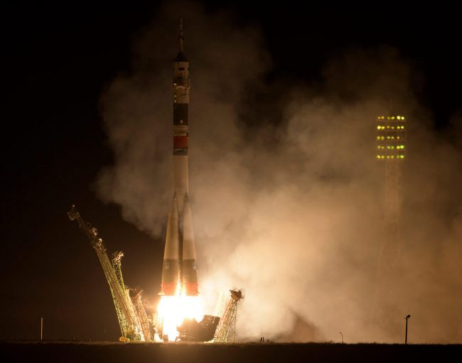 2019-25-sep-soyuz-ms-15-launches.jpg