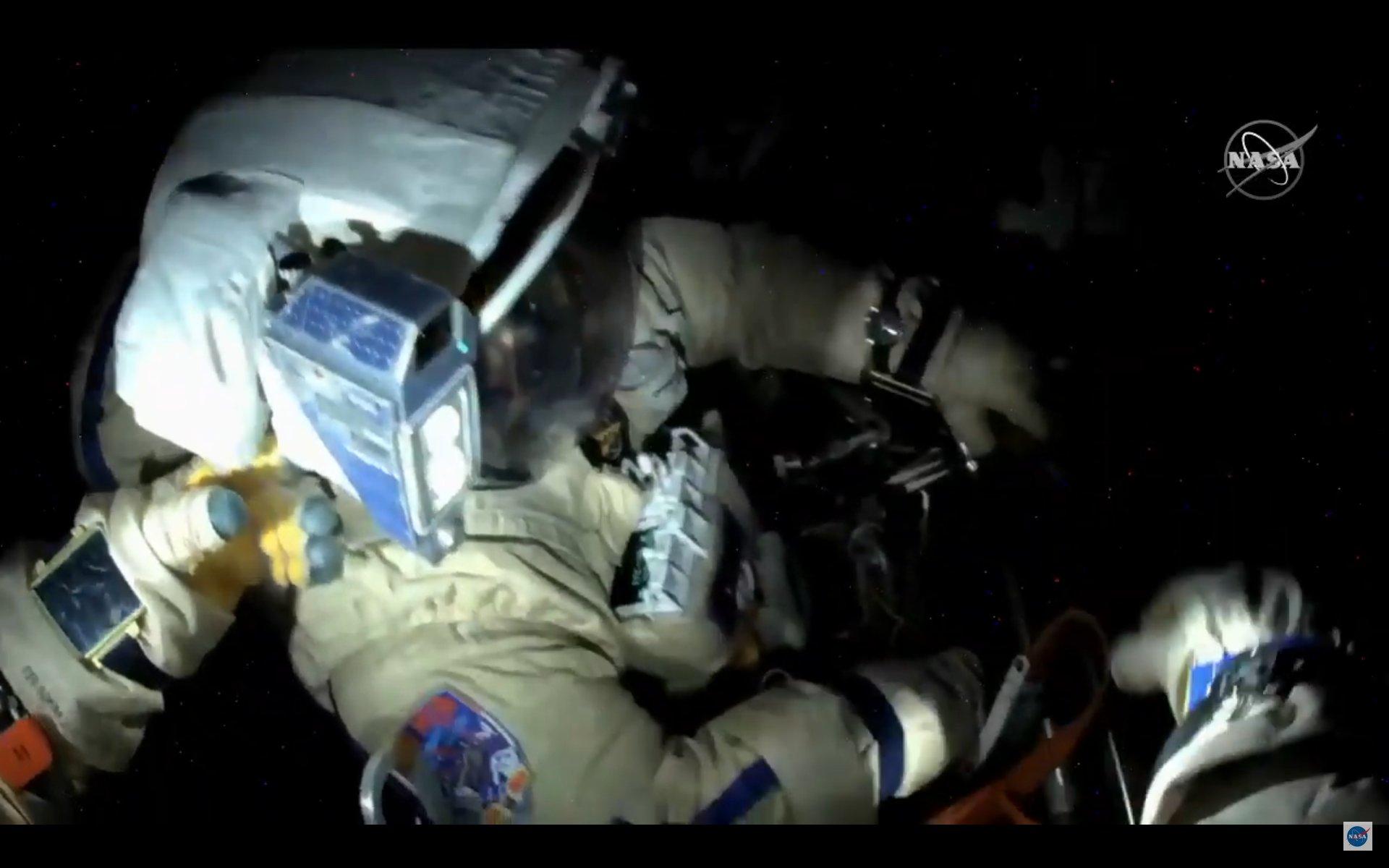 2021-2-june-russians-spacewalk.jpg