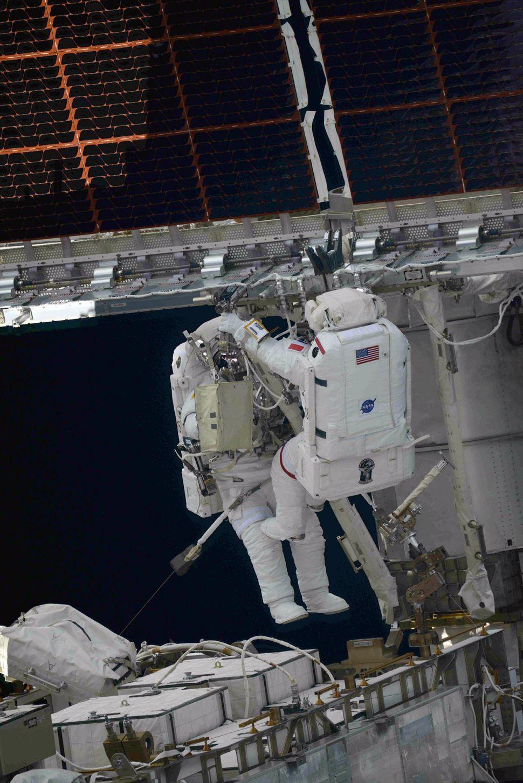 2021-20-june-spacewalking.jpg