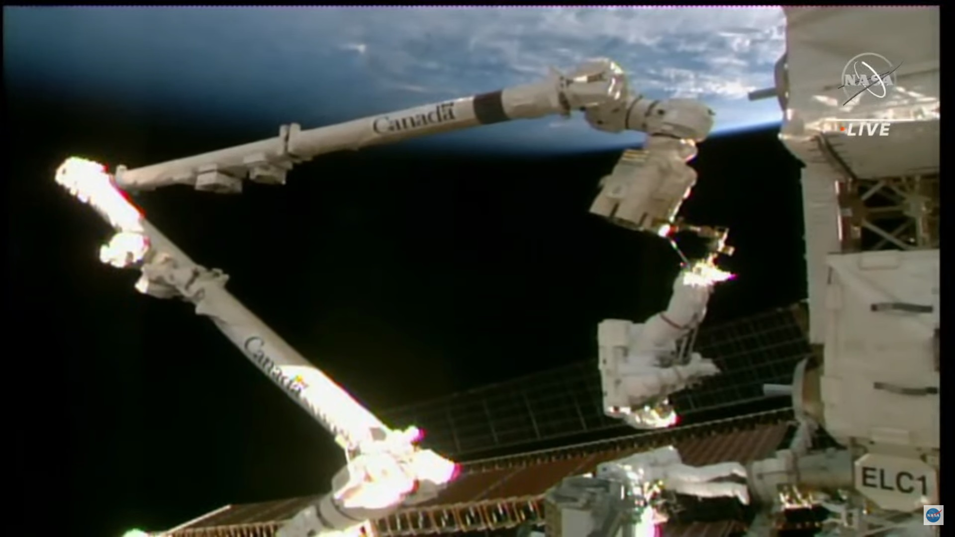 2021-25-june-pesquet-spacewalking.jpg