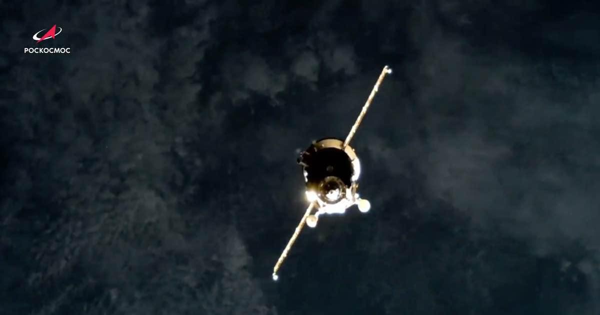 2021-progress-ms-16-approaches-iss.jpg