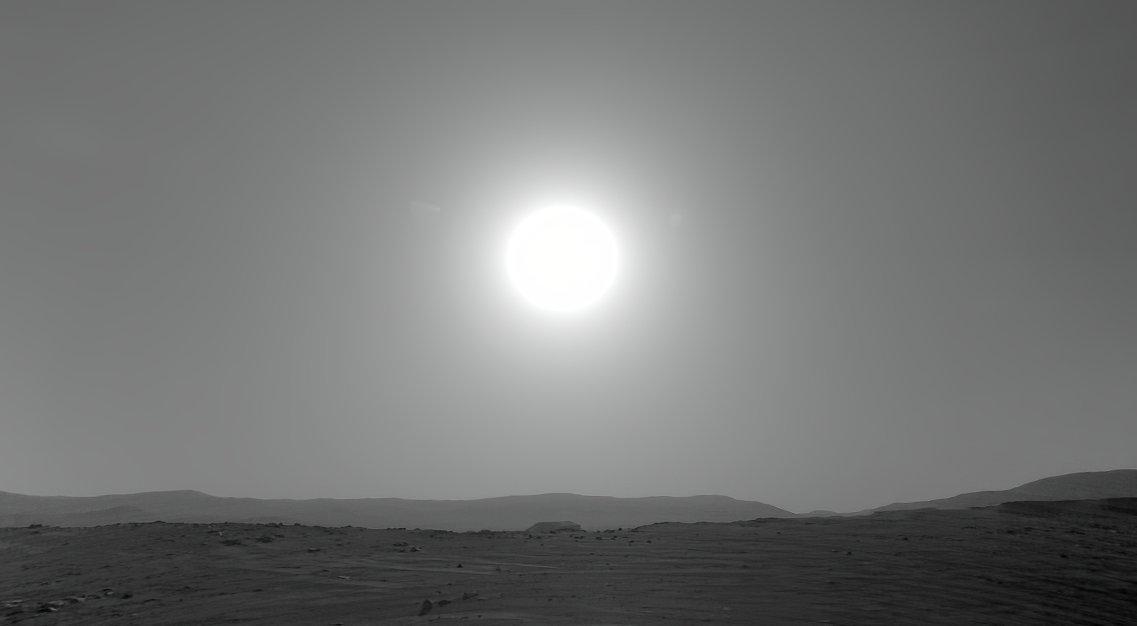 mars-sun-jezero.jpg