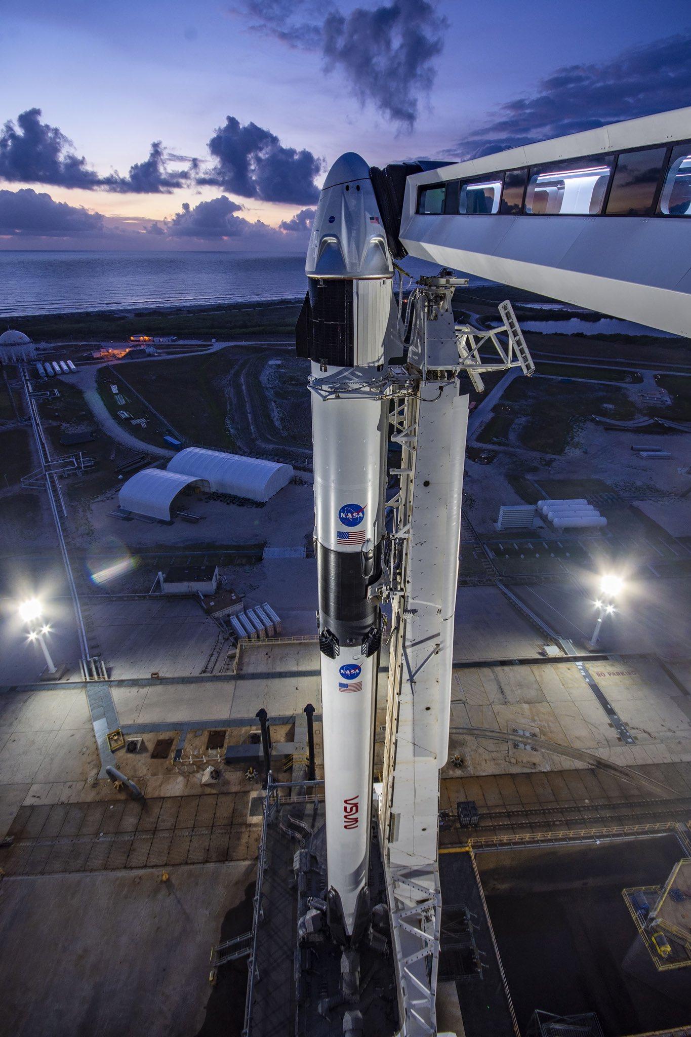 crew-dragon-on-launch-pad.jpg