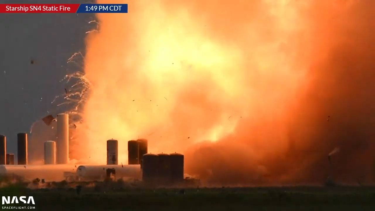 starship-4-blews-up.jpg